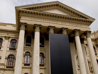 Fachada do prédio da Universidade Federal do Paraná (UFPR)