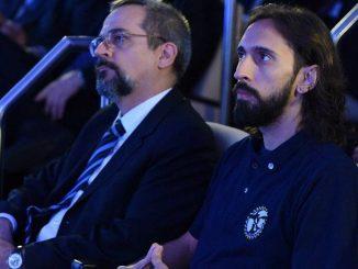 O ministro da Educação, Abraham Weintraub e o presidente da UNE, Iago Montalvão, durante apresentação do Future-se.