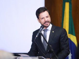 putado federal, Professor Israel Batista (PV-DF)