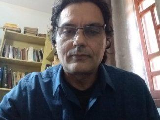 Heronides Moura, professor da UFSC