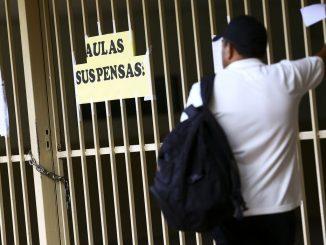 Aulas suspensas; escola fechada. Foto: Marcelo Camargo / Agência Brasil