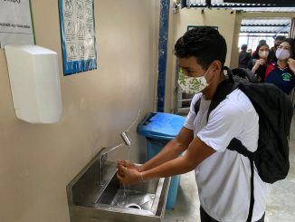 Aluno lava as mãos. Escolas precisam garantir água e álcool gel para a higienização e desinfecção contra o coronavírus. Foto: Divulgação/Secom